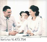 Купить «usiness colleagues talking in office», фото № 6473754, снято 9 июня 2013 г. (c) Syda Productions / Фотобанк Лори