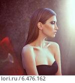 Роскошная красивая женщина с идеальной кожей. Стоковое фото, фотограф Viktor Gladkov / Фотобанк Лори