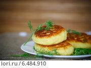 Купить «Картофельные зразы с мясом», фото № 6484910, снято 29 сентября 2014 г. (c) Peredniankina / Фотобанк Лори