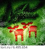 Купить «Рождественский декор с оленями», фото № 6495654, снято 2 января 2014 г. (c) ElenArt / Фотобанк Лори