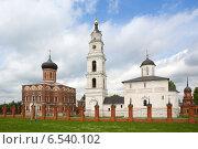 Купить «Волоколамский кремль», фото № 6540102, снято 16 июня 2013 г. (c) Ирина Яровая / Фотобанк Лори