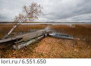 Осень с моторкой. Стоковое фото, фотограф Сапожников Георгий Борисович / Фотобанк Лори