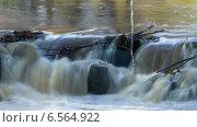 Купить «Бурный поток реки на порогах. Таймлапс, отдаление камеры, длинная выдержка», видеоролик № 6564922, снято 17 октября 2014 г. (c) Кекяляйнен Андрей / Фотобанк Лори
