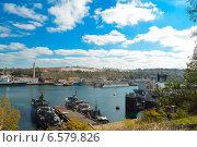 Морской порт (судоремонтный завод) (2014 год). Редакционное фото, фотограф Елена Железкова / Фотобанк Лори