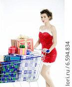 Купить «Young woman in disguise during Christmas.», фото № 6594834, снято 15 ноября 2018 г. (c) BE&W Photo / Фотобанк Лори