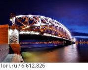 Мост Императора Петра Великого в Петербурге (2014 год). Редакционное фото, фотограф Алексей Марголин / Фотобанк Лори