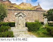 Купить «Старинные каменные надгробия, Армения, монастырь Гегард», фото № 6616482, снято 9 октября 2014 г. (c) Владимир Приземлин / Фотобанк Лори