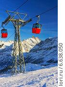 Канатный подъемник в швейцарских Альпах (2013 год). Стоковое фото, фотограф Роман Бабакин / Фотобанк Лори