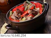 Тушенные овощи с мясом. Стоковое фото, фотограф Андрей Оршак / Фотобанк Лори