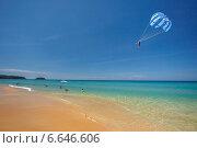 Активный отдых на пляже. Стоковое фото, фотограф Попов Роман / Фотобанк Лори