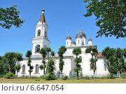 Купить «Церковь Белой Троицы в Твери, 16 век», фото № 6647054, снято 27 июля 2014 г. (c) Овчинникова Ирина / Фотобанк Лори