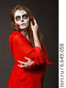 Купить «Образ девушки зомби», фото № 6649058, снято 17 октября 2014 г. (c) Смирнова Лидия / Фотобанк Лори