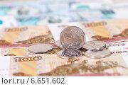 Купить «Российский рубль крупным планом», фото № 6651602, снято 7 декабря 2019 г. (c) FotograFF / Фотобанк Лори