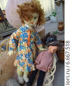 Купить «Старые советские куклы», эксклюзивное фото № 6667518, снято 12 июля 2014 г. (c) Вячеслав Палес / Фотобанк Лори