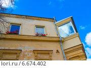 Дом сталинской постройки (2014 год). Стоковое фото, фотограф Елена Железкова / Фотобанк Лори