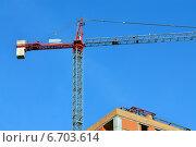 Купить «Строительство дома», фото № 6703614, снято 21 января 2014 г. (c) Сергей Трофименко / Фотобанк Лори