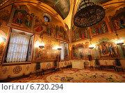 Внутреннее убранство Грановитой палаты, Московский Кремль (2014 год). Редакционное фото, фотограф Алексей Гусев / Фотобанк Лори