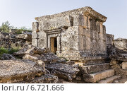 Купить «Турция, Иераполис (Памуккале). Античный склеп в некрополе, II в. до н.э.  - XV в. н. э», фото № 6721666, снято 27 июня 2014 г. (c) Rokhin Valery / Фотобанк Лори