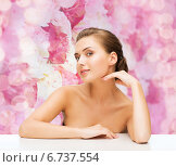 smiling woman with clean perfect skin. Стоковое фото, фотограф Syda Productions / Фотобанк Лори