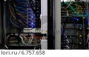Купить «Lights flashing on servers», видеоролик № 6757658, снято 21 февраля 2019 г. (c) Wavebreak Media / Фотобанк Лори
