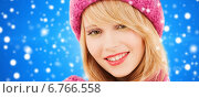 Купить «close up of smiling young woman in winter clothes», фото № 6766558, снято 7 марта 2009 г. (c) Syda Productions / Фотобанк Лори