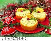 Купить «Салат коктейль в апельсинах к новогоднему столу», фото № 6769446, снято 3 января 2014 г. (c) ElenArt / Фотобанк Лори