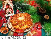 Купить «Рождественский пирог», фото № 6769462, снято 21 декабря 2013 г. (c) ElenArt / Фотобанк Лори