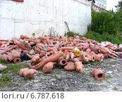 Купить «Разбросанные манекены около стен Измайловского Кремля в Москве», эксклюзивное фото № 6787618, снято 23 июля 2009 г. (c) lana1501 / Фотобанк Лори