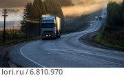 Дорога на рассвете. Стоковое фото, фотограф Сергей Сурнин / Фотобанк Лори