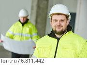 Купить «Construction builder worker at site», фото № 6811442, снято 10 декабря 2014 г. (c) Дмитрий Калиновский / Фотобанк Лори