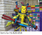 Купить «Роботы из старых автомобильных деталей и металлического мусора», фото № 6820654, снято 26 июля 2014 г. (c) Вячеслав Палес / Фотобанк Лори