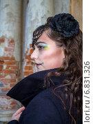 Купить «Девушка с макияжем для Хеллоуина», фото № 6831326, снято 30 октября 2013 г. (c) Наталья Степченкова / Фотобанк Лори