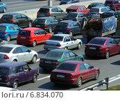 Купить «Пробка на МКАД в Москве», эксклюзивное фото № 6834070, снято 8 июля 2012 г. (c) lana1501 / Фотобанк Лори