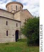 Купить «Патриарший собор в Пицунде, Абхазия», фото № 6835418, снято 16 июля 2004 г. (c) Евгений Ткачёв / Фотобанк Лори
