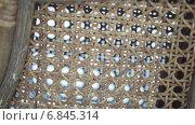 Купить «Плетеное кресло», видеоролик № 6845314, снято 18 июня 2014 г. (c) Потийко Сергей / Фотобанк Лори