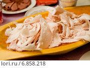 Купить «Строганина из муксуна», фото № 6858218, снято 19 февраля 2011 г. (c) Gagara / Фотобанк Лори
