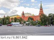 Купить «Боровицкие ворота Московского Кремля», эксклюзивное фото № 6861842, снято 26 августа 2014 г. (c) Алёшина Оксана / Фотобанк Лори