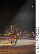 """Купить «Ледовое шоу-сказка """"Снежный Король"""". В роли циркачки - Ирина Усенко», фото № 6872286, снято 4 января 2015 г. (c) Татьяна Едренкина / Фотобанк Лори"""