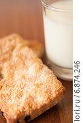 Коврижки с молоком. Стоковое фото, фотограф Кузнецов Дмитрий / Фотобанк Лори