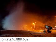 Снеговая пушка в работе (2014 год). Редакционное фото, фотограф Денис Стадников / Фотобанк Лори
