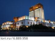 Купить «Город Москва, здание Президиума Российской академии наук», эксклюзивное фото № 6889958, снято 3 августа 2013 г. (c) Dmitry29 / Фотобанк Лори