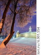Купить «Митрополичья башня и часозвоня в Новгородском кремле», фото № 6901554, снято 29 декабря 2014 г. (c) Зезелина Марина / Фотобанк Лори