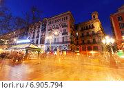 Купить «La Rambla in evening. Street one of symbol of Barcelona», фото № 6905794, снято 13 марта 2014 г. (c) Яков Филимонов / Фотобанк Лори