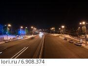 Пустынная ночная улица города Красноярск (2014 год). Редакционное фото, фотограф Александр Овчинников / Фотобанк Лори