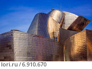 Музей Гуггенхайма в Бильбао (2014 год). Редакционное фото, фотограф Роман Жарук / Фотобанк Лори