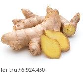 Купить «Fresh ginger root or rhizome isolated on white background cutout», фото № 6924450, снято 13 января 2015 г. (c) Natalja Stotika / Фотобанк Лори