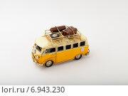 Желтая машина. Стоковое фото, фотограф Альберт Васильев / Фотобанк Лори