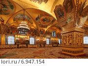 Купить «Внутреннее убранство Грановитой палаты в Московском Кремле», эксклюзивное фото № 6947154, снято 29 января 2015 г. (c) Алексей Гусев / Фотобанк Лори