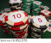 Купить «Фишки казино», иллюстрация № 6952570 (c) Anatoly Maslennikov / Фотобанк Лори