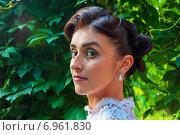 Купить «Макияж невесты», фото № 6961830, снято 18 июля 2013 г. (c) Александра Орехова / Фотобанк Лори